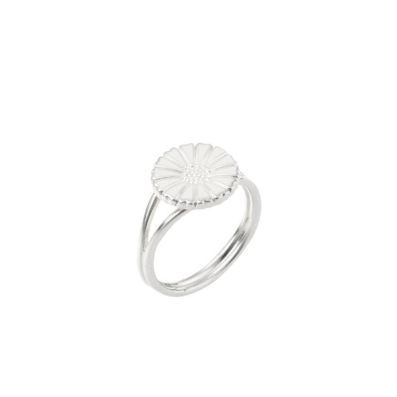 0c4f04282a8 Marguerit ring i sølv fra Lund Copenhagen - se vores store udvalg af ...