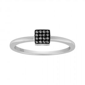 Ring i sort sølv med små zirkoner fra Joanli Nor