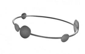 Globe armbånd i sølv oxideret fra Von Lotzbeck