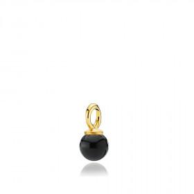 Pearly vedhæng i guld med sort onyx fra Izabel Camille.