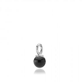 Pearly vedhæng i sølv med sort onyx fra Izabel Camille.