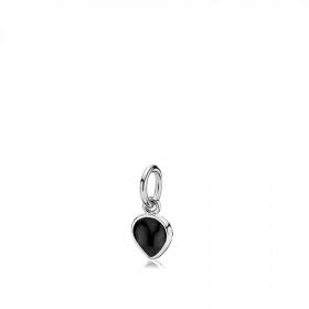 Heartdrop vedhæng i sølv med en sort onyx fra Izabel Camille.
