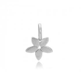 Magnolia vedhæng i sølv fra Izabel Camille